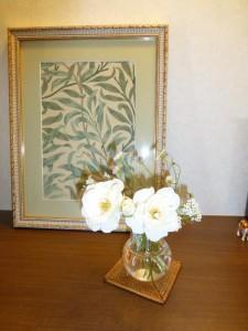 ピアノレッスン室の薔薇